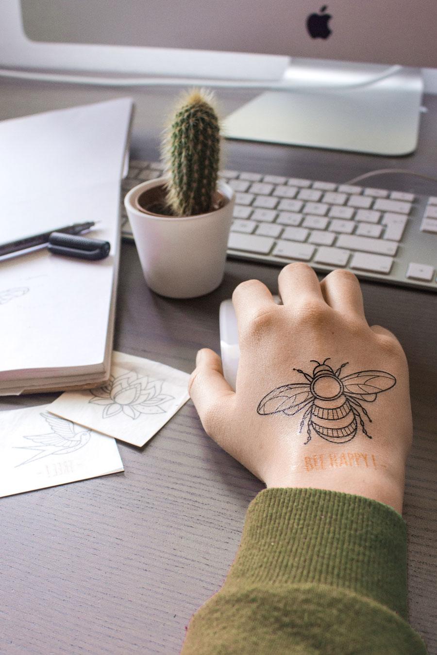 individuelle Print Tattoos auf der Haut