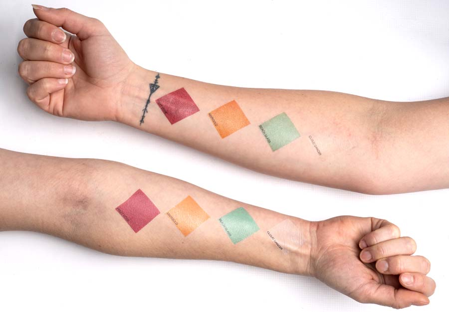 Trendfarbmuster auf der Haut